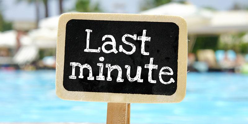 Last minute desk