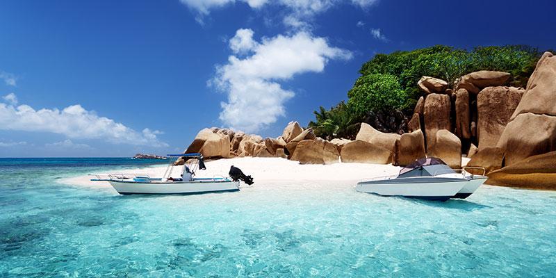 Seychellen-strand-boten